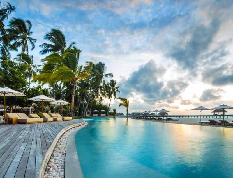 Luxusreise Luxushotel COMO Maalifushi Malediven Luxury Circle