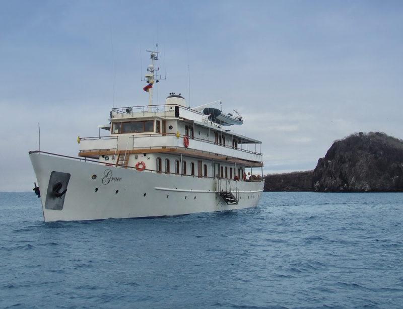 Luxuskreuzfahrt Galapagos Grace Yacht Kachel
